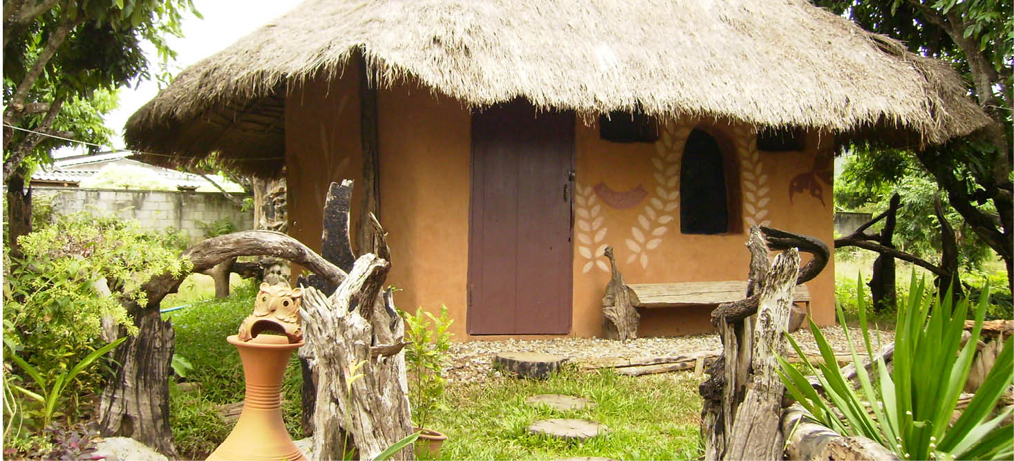 How to build an ecological house - Houses made from natural materials ...